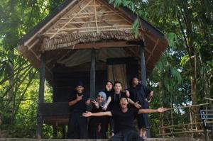 kajang tribe gadungan. hahahaha.