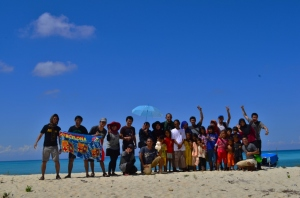 Goes to Lanjukang Island