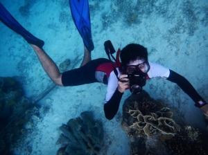aksi underwater kami yang super absurd